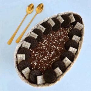 ביצת שוקולד אוראו במילוי מוס