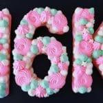 עוגת מספרים מנשיקות