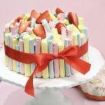 עוגת פבלובה תותים