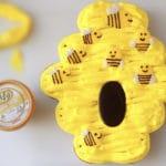 קאפקייקס דבש בעיצוב כוורת דבורים